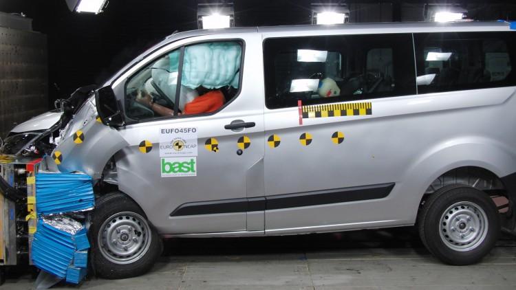 Euro NCAP тества семейни и бизнес ванове