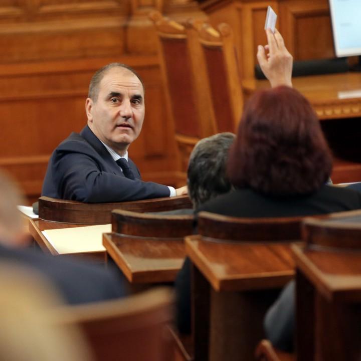 Цветан Цветанов: Журналисти, проверете как е била финансирана кампанията на Румен Радев