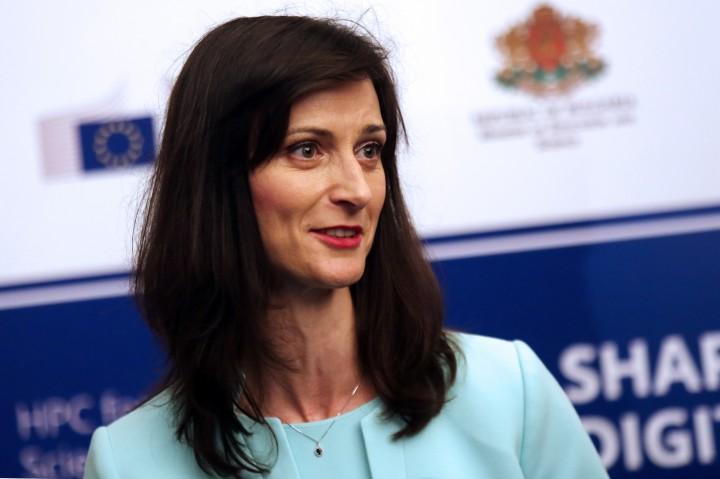 Мария Габриел съобщи още, че през май ще предложи дигитална стратегия