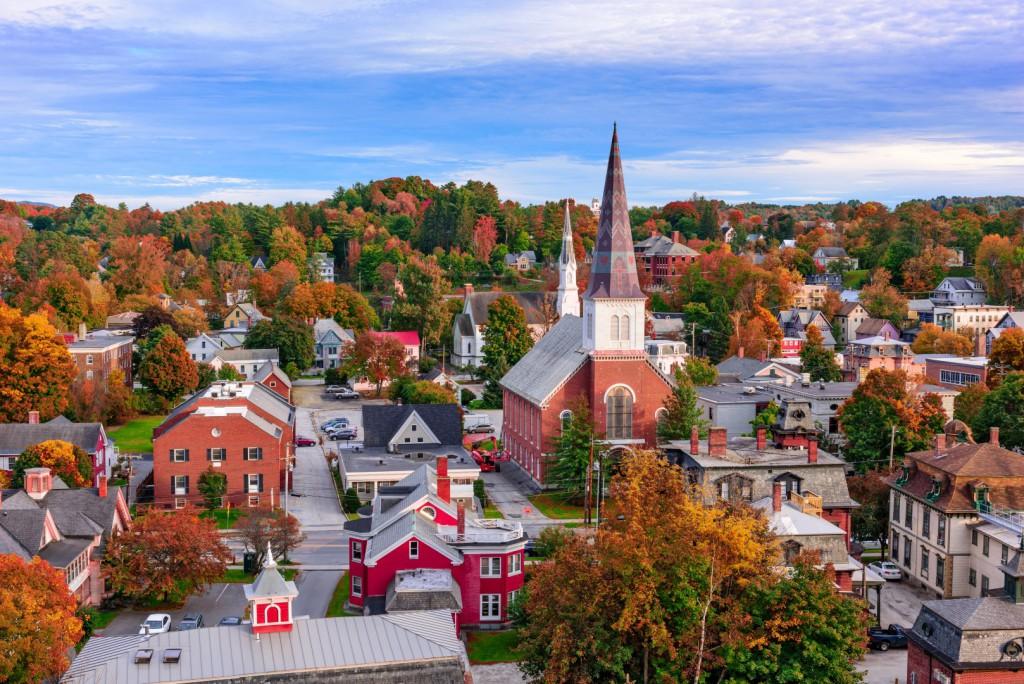 Върмонт е единственият щат в Нова Англия, който не граничи с Атлантическия океан