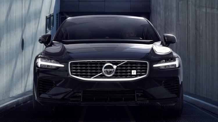 Новото Volvo S60