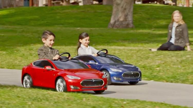 Tesla ще имитира Ferrari