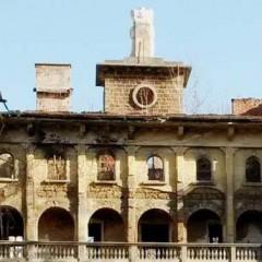 Четириетажната вила в Габрово на индустриалеца Пенчо Семов от години тъне в разруха