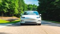 Tesla причинява главоболие на конкурентите