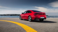 Peugeot готви съперник на немските спортни седани