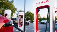 Tesla обеща 5-минутно зареждане на електромобили