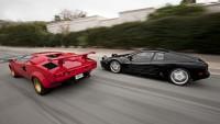 Lamborghini Countach срещу Ferrari Testarossa (видео)