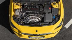 Mercedes-AMG C 63 минава на 2.0-литров мотор<br /> 1 снимки