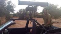 Либийци превърнаха стар VW Golf 3 в бойна машина