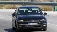Снимки разкриват как изглежда новият VW Golf