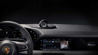 Porsche разкри интериорът на първия си електромобил