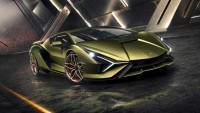 Първият хибрид на Lamborghini е най-мощната кола на марката