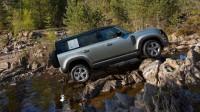Брутална реклама за новия Land Rover Defender