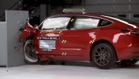 Model 3 на Tesla получи най-високата оценка за безопасност