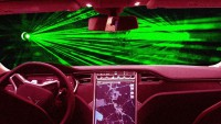 Tesla заменя чистачките с лазери