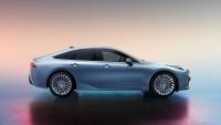 Toyota разсекрети нов водороден седан