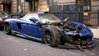 Крадец унищожи супер рядко Porsche Carrera GT в Ню Йорк
