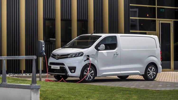 Електрическия бус на Toyota