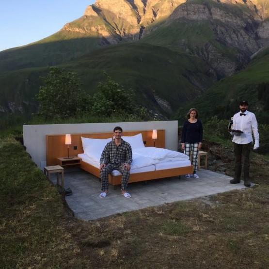 "Хотел ""Звездоброй"" отваря врати в Швейцария"