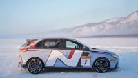 Hyundai постави рекорд за скорост на леденото езеро Байкал