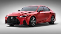 Lexus представи спортен IS с V8 двигател