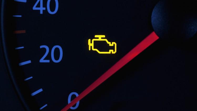 Мнозинството предпочита да игнорира сигнала, докато колата работи нормално
